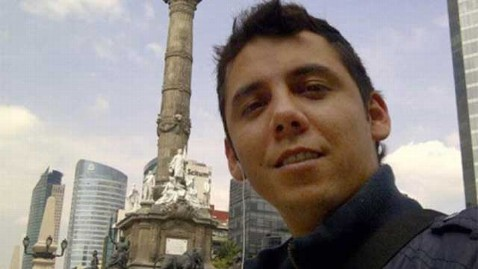 ht charles rodriguez in mexico city thg 130115 wblog Jewel Thief Busted After Posting Vacation Photos on Facebook
