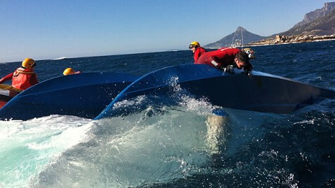ht south africa boat accident ll 121015 wblog 3 Women Survive in Air Pockets Under Capsized Boat