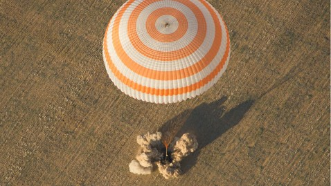 nasa exp32 soyuz landing lpl 120917 wblog World News Behind the Scenes: 9/17/2012