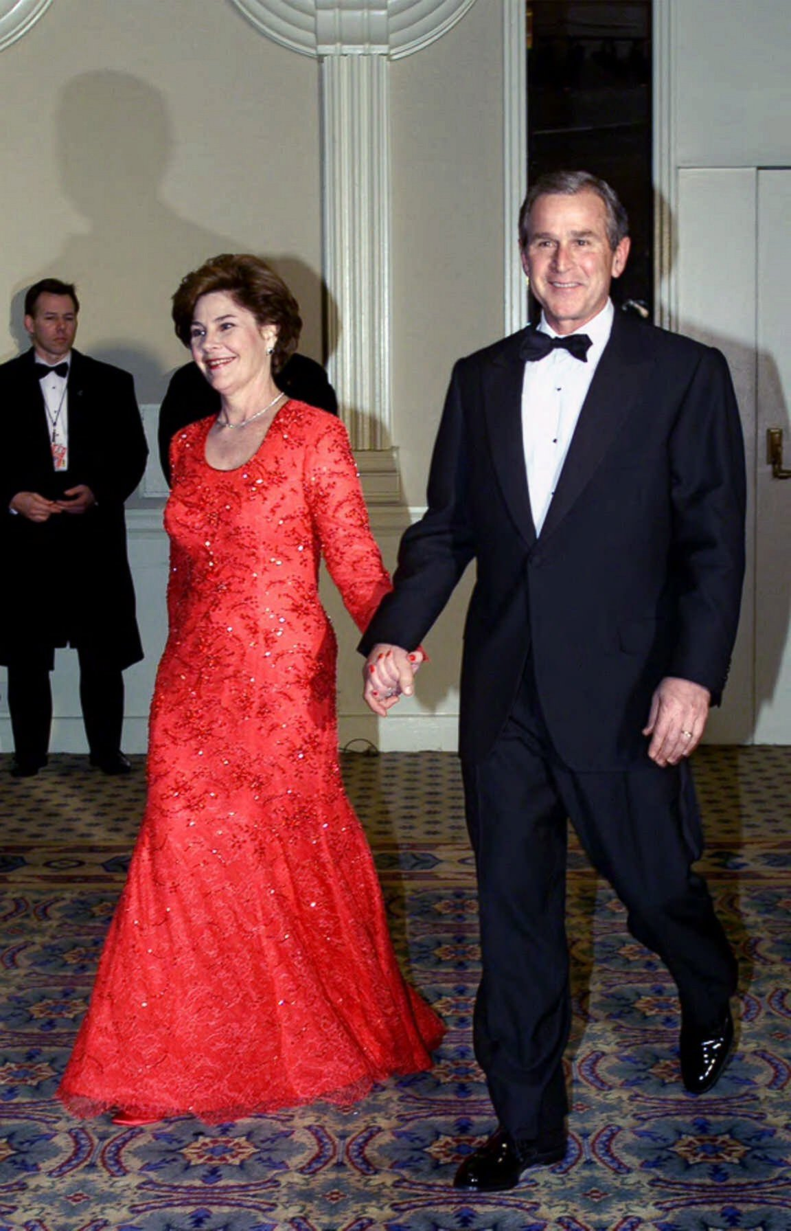 laura bush videos at abc news video archive at abcnews com photo george w bush and laura bush smile as they are welcomed by supporters at the salute to heroes and veterans banquet in washington jan 20 2001