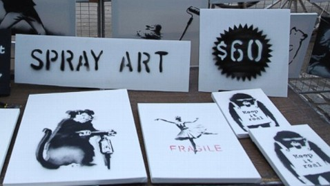 ht banksy central park stall ll 131014 wblog Instant Index: Banksy Sells Artwork for $60 on NYC Streets