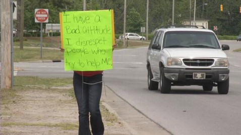 abc quandria bryant jt 120429 wblog Disrespectful Teen Made to Carry Sign Along Busy Road