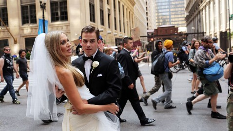 gty nato newlyweds nt 120521 wblog Chicago Couples Wedding Shoot Crashed by NATO Protesters