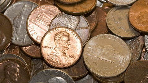 gty pennies jef 120330 wblog U.S. Penny to Be Kept as Canada Bids Coin Farewell