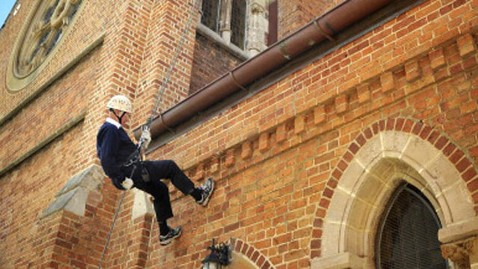 gty priest rappels cathedral nt 121109 wblog Daring 85 Year Old Priest Rappels 131 Feet Down Side of Cathedral