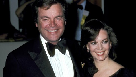gty robert wagner natalie wood jt 130119 wblog Instant Index: 21 Burmese Pythons Killed in Florida Everglades