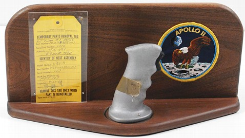 ht apollo 11 controller grip ll 130506 wblog Apollo 11 Memorabilia Auction Set
