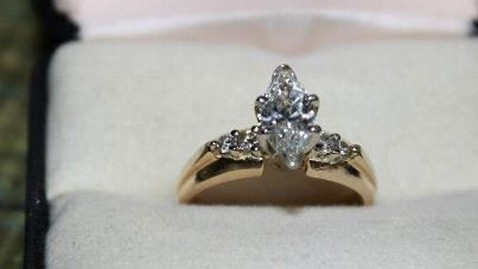 ht found ring 17 years mi 121107 wblog Woman Finds Lost Diamond Ring 17 Years Later