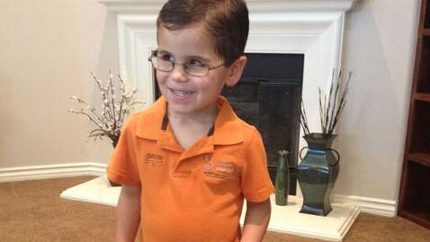ht gavin stevens kb 130321 wblog Blind Boy Takes Giant Step, Becomes Internet Star