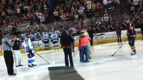 ht hockey soldier surprise mi 130311 wblog Soldier Surprises Kids With Reunion at Hockey Game