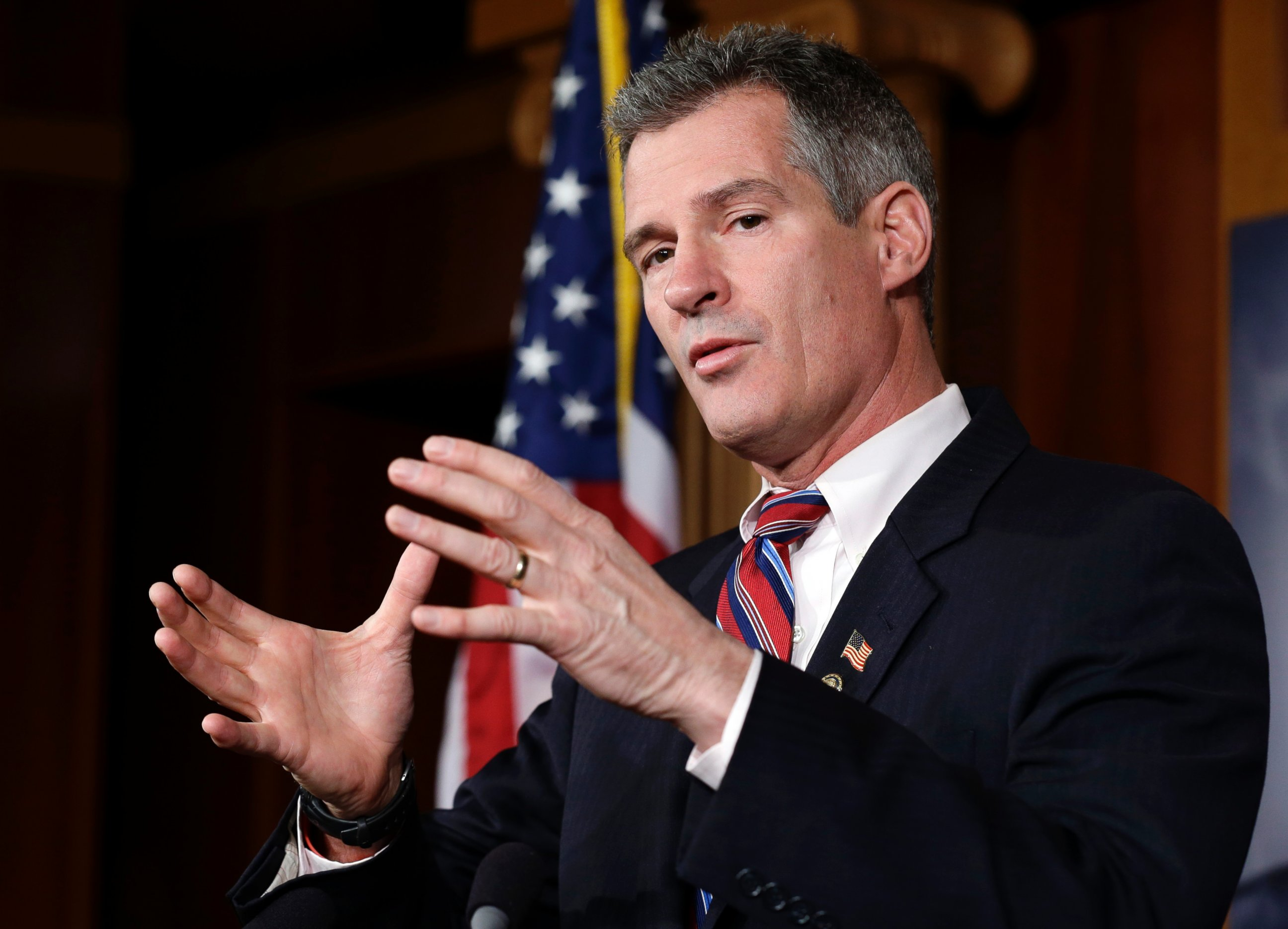 AP scott brown jef 130819 Scott Brown Sells Mass. Home, Will Move to New Hampshire