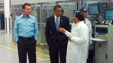 abc barack obama tour solyndra power plant mw 110831 wblog Solar Energy Company Touted By Obama Goes Bankrupt