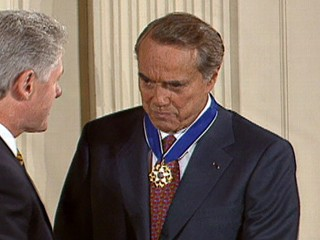 VIDEO: The medal given during the Jan. 17, 1997, ceremony honored Senator Bob Dole's World War II heroism.