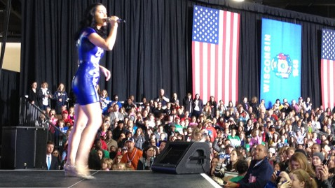 abc katy perry obama event jt 121103 wblog LIVE BLOG: Final Weekend Sprint of Election 2012