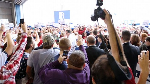abc mitt romney orlando crowd nt 121106 wblog Nightline Daily Line, Nov. 5: Election 2012: Romney, Obamas Final Rallies