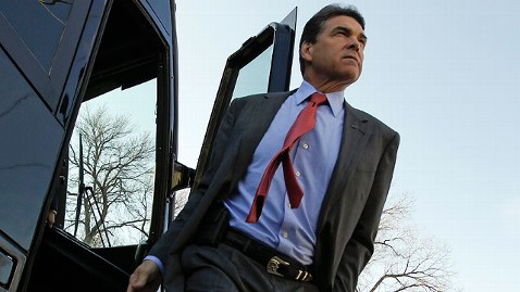 ap Rick Perry jt 111218 wblog Rick Perrys Fourth Quarter Fundraising Drops to $2.9 Million
