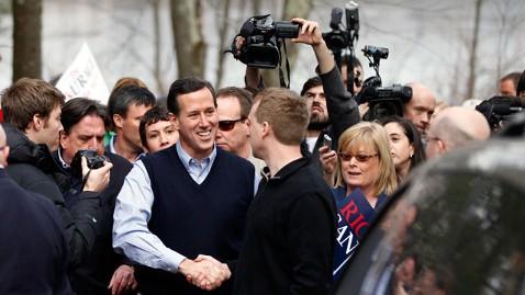 ap Rick Santorum jt 120107 wblog Hours Before N.H. Debate, Santorum Attacks Romney