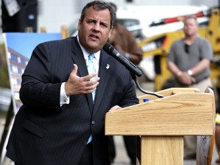 PHOTO: New Jersey Gov. Chris Christie walks to a podium during the groundbreaking ceremony for the Technology Enhanced Accelerated Learning Center at Essex County Newark Tech, May 7, 2013, in Newark, ...