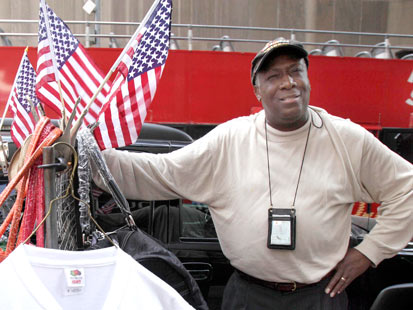 ap duane jackson thg 120207 main Times Square Vendor Who Alerted Police to Car Bomb to Run for Congress