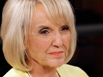 ap jan brewer jef 111110 main Great Debate Gaffes: From Nixon to Ford to Jan Brewer, Rick Perrys Oops Moment Not the First