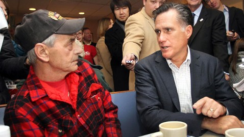 ap mitt romney nh dm 111212 wblog Gay Veteran Steals the Show at Romney Endorsement Event