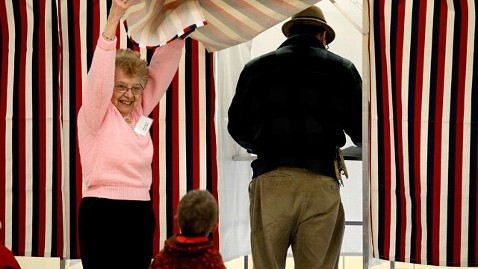 ap nh primary voting tk 120110 wblog 2012: Women Will Be Key for Senate Democrats
