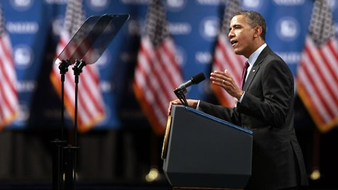 Obama Swipes at Romney in Address to Latino Officials