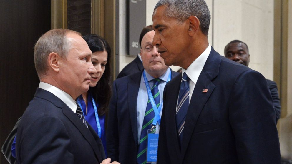PHOTO: President Obama and Russian President Vladimir Putin engage in an icy stare down at the G-20 Summit in China on Sept. 5, 2016.