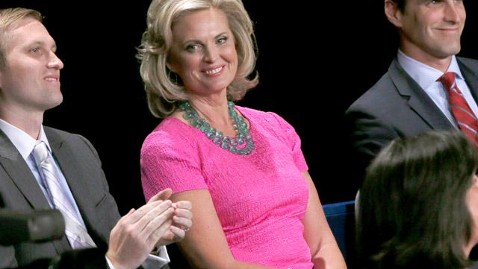 gty ann romney pink debate mn thg 121016 wblog  Ann Romney Makes Strides For Breast Cancer