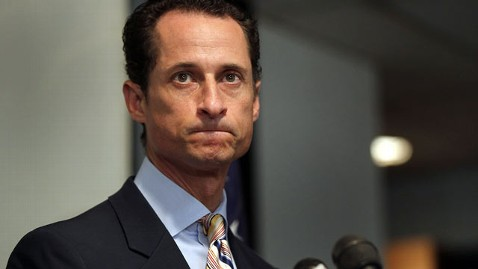 gty anthony weiner kb 130410 wblog Disgraced Tweeter Anthony Weiner Eyes a Comeback