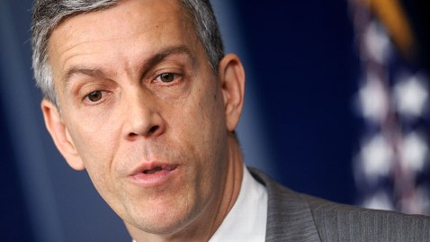 gty arne duncan dm 120507 wblog Education Secy Arne Duncan Endorses Same Sex Marriage