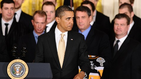 gty barack obama white house boston bruins ll 120124 wblog RSVPeeved: Bruins Goalie Tim Thomas, Colorado Rep. Snub President Obama