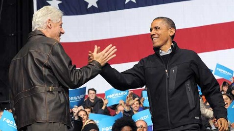 gty bill clinton barack obama thg 121129 wblog Could Bill Clinton Be Getting a New Job in Washington? Who Else is Coming to Town?