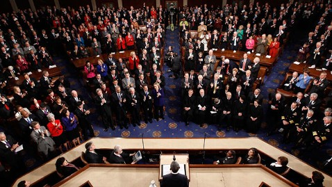 gty congess joint address nt 111227 wblog As Americans Get Poorer, Members of Congress Get Richer