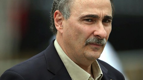 gty david axelrod mustache nt 121031 wblog Obama Aide Bets Moustache on Mitts Myth