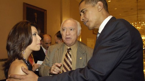 gty eva longoria barack obama wy 120222 wblog Eva Longoria: Romney On Wrong Side of Every Issue for Latinos