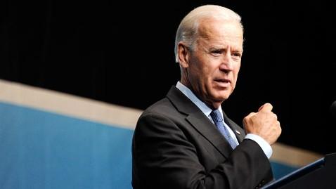 gty joe biden dm 120516 wblog Biden Pushes Obama Economics in Ohio Swing