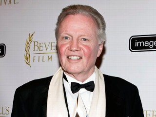 PHOTO: JOn Voight Endorses Romney