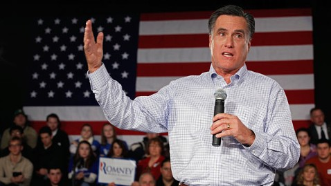 gty mitt romney jp 120105 wblog Mitt Romney Says He Wasnt There to Respond to Attacks, GOP Rivals Acting Like Democrats