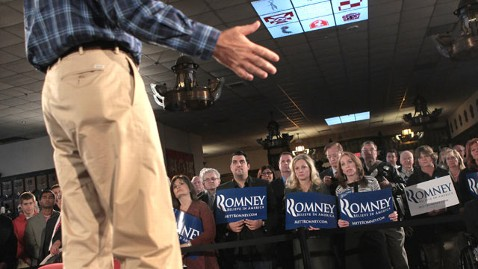 gty mitt romney supporters nt 111214 wblog Despite His Many Advantages, Romney Struggles to Win Over GOP Voters