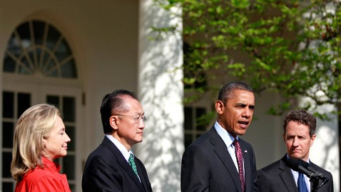 gty obama jim kim world bank jp 120323 wblog Obama Taps Dartmouth College President Jim Yong Kim for World Bank