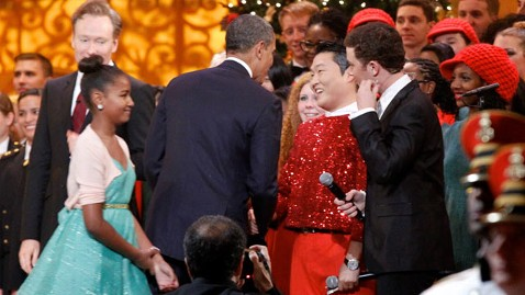 gty obama psy jef 121210 wblog Obama Meets Psy Amid Flap Over Rappers Anti U.S. Lyrics