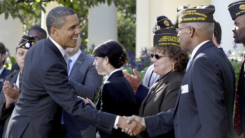 gty obama veterans jef 120517 wblog Obama Courts Veterans Votes with Outreach Campaign