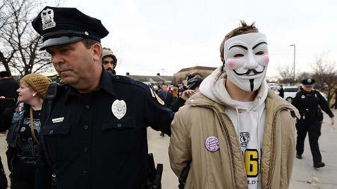 gty occupy iowa jt 111231 wblog Occupy Protesters Arrested Outside Michele Bachmann Iowa Headquarters