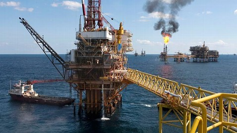 gty offshore oil platform ll 111028 wblog Energy Debate Heats up Amid 2012 Candidates: Fact Checking GOP Claims