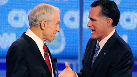 gty ron paul mitt romney thg 111228 wblog Romney Leads in Iowa as Republican Candidates Step Up Offensive
