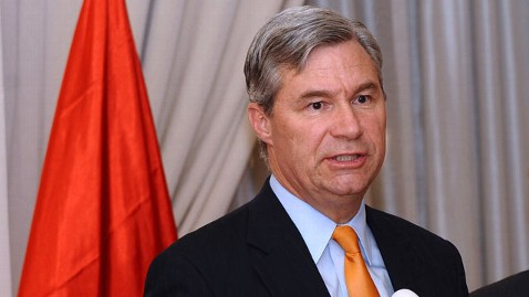 gty sheldon whitehouse tk 120201 wblog Buffett Rule Legislation Introduced in the Senate