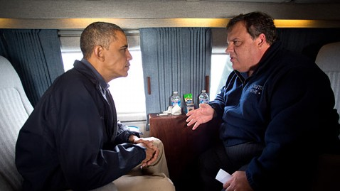 ht barack obama chris christie ll 121031 wblog Obama Chris Christie Reunion Bad Timing for NJ Dems