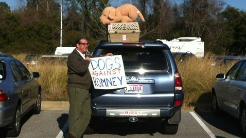 ht dogs against romney sign thg 120105 wblog Dogs Against Romney? Democrats Say Unleash the Hound!