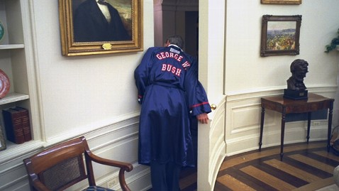 ht george w bush boxing robe jt 130331 wblog White House Photographer Offers a Front Row Seat to the Presidency